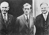 Zelig, with Calvin Coolidge (left) and Herbert Hoover (right)